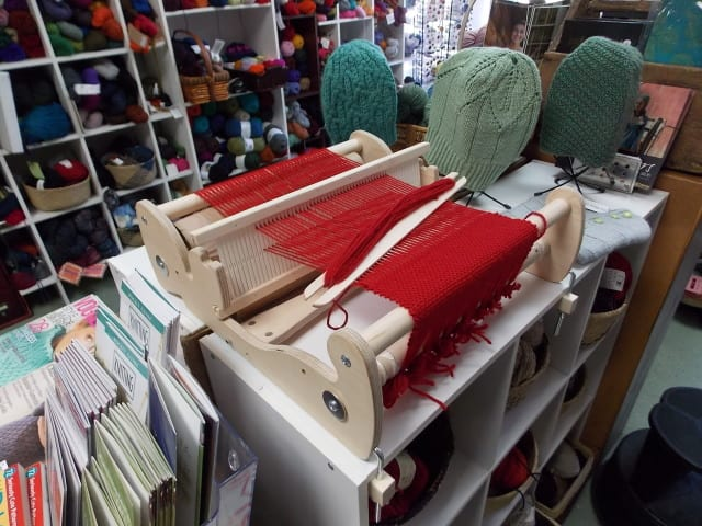 Schacht Cricket Loom  | Hillsborough Yarn Shop