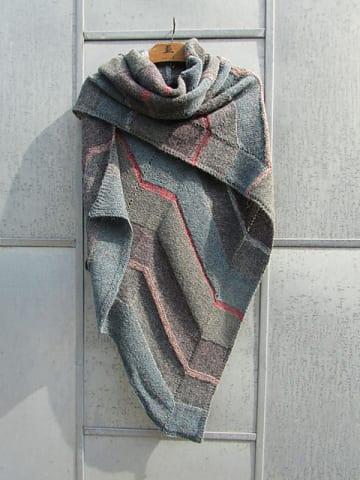 TokyoShawl500px_medium2